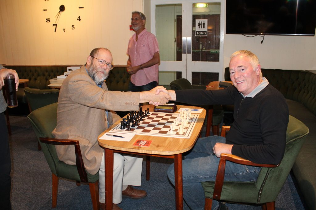 Peter Przybycin v Phil Overton in 2019 Knock-out Final